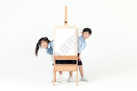 可爱儿童绘画班图片