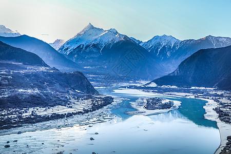 西藏林芝雅鲁藏布江大峡谷风光图片