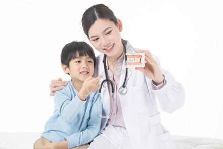 儿童体检口腔检查图片
