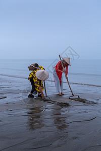 广西京族渔民捕鱼场景图片