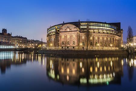 瑞典首都斯德哥尔摩老城夜景图片