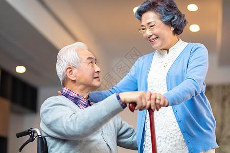 退休老人图片