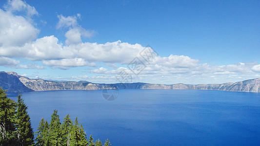 美国火山湖国家公园图片