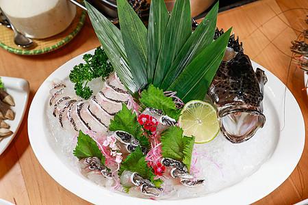 黑鱼片海鲜刺身图片