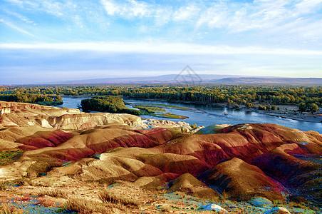 新疆河畔景区丹霞地貌图片