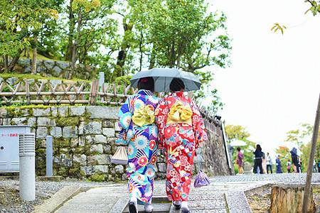 京都路上和服美女背影图片