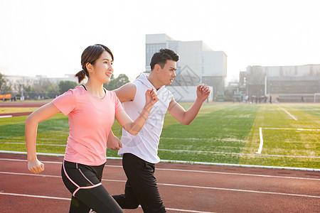 青年跑步健身图片