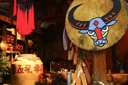 云南少数民族图腾餐厅图片
