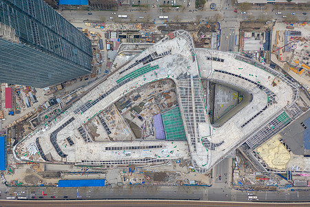施工中的商业广场建筑工地图片