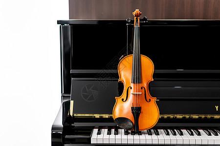 小提琴遇见钢琴图片
