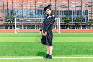 大学女生毕业       图片