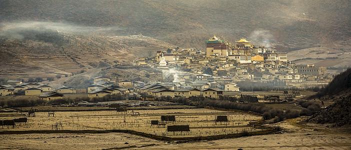 香格里拉松赞林寺图片