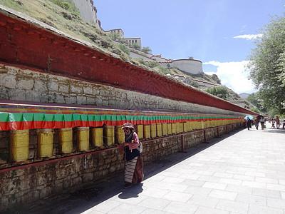 西藏布达拉宫转经墙图片