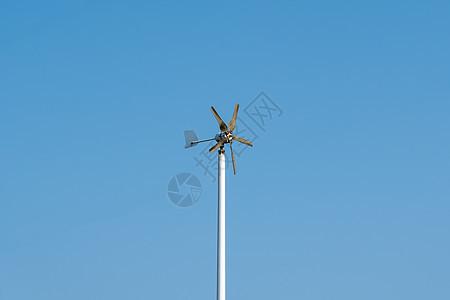 户外街头路灯风能发电系统图片