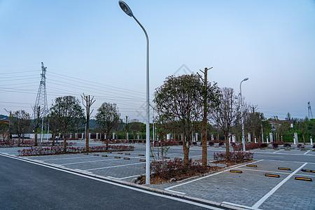 地铁站终站露天停车场图片