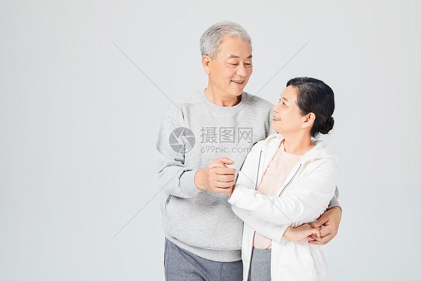 老人跳舞图片