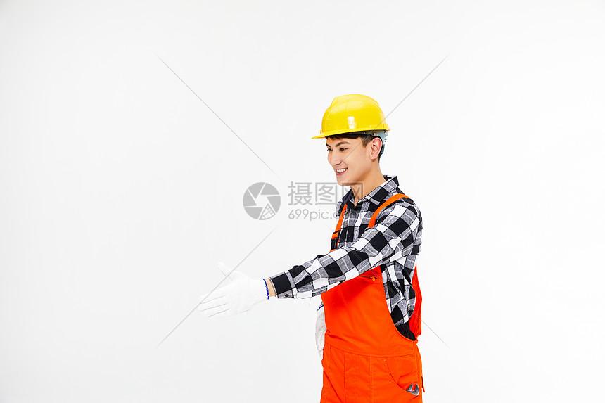 男性建筑工人图片