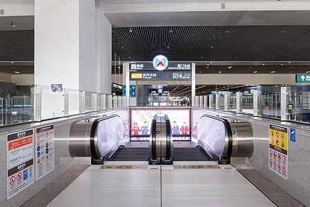 厦门北站公共扶梯图片