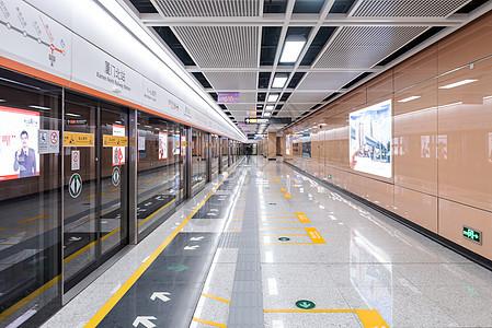 厦门地铁站空间图片