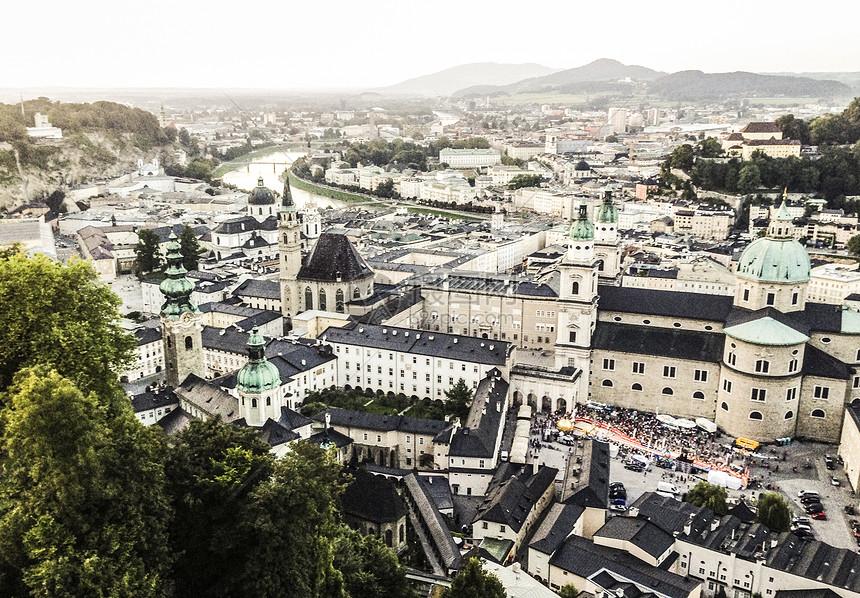 俯瞰萨尔茨堡图片