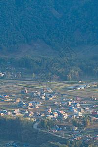 尼泊尔博卡拉费瓦湖旁的小镇图片