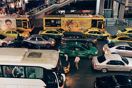 泰国街道车水马龙图片