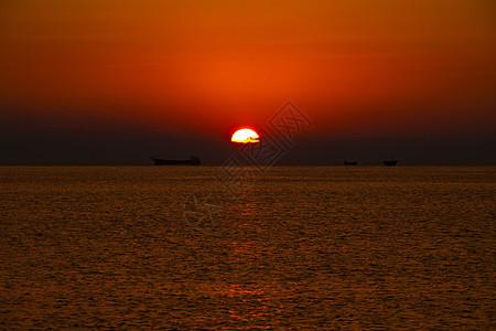 青岛海边日出图片