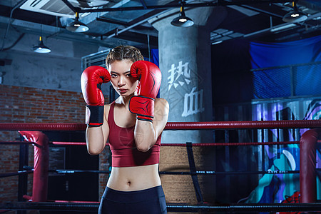 女性拳击运动员图片