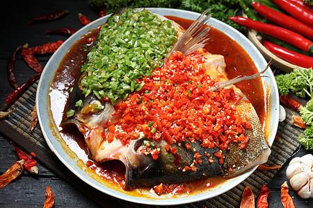 剁椒蒸鱼头图片
