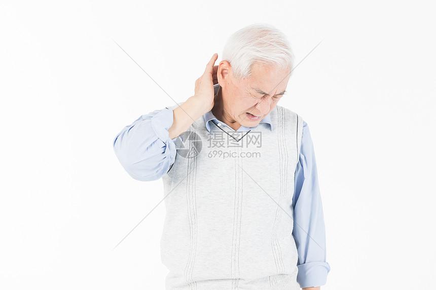 老年人牙疼图片