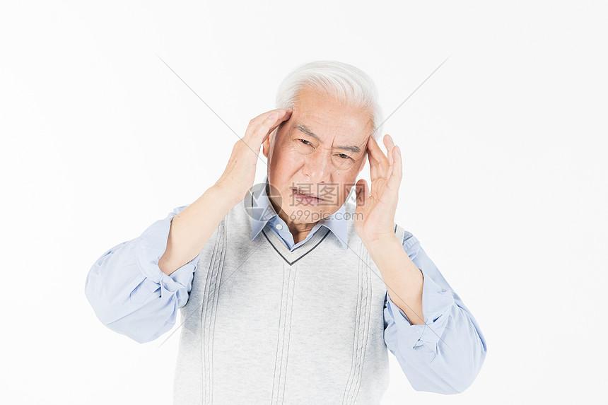 老年人头疼图片