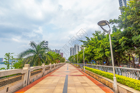 南宁民生广场步道图片