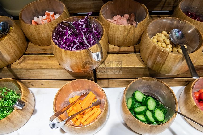 自助餐蔬菜沙拉图片