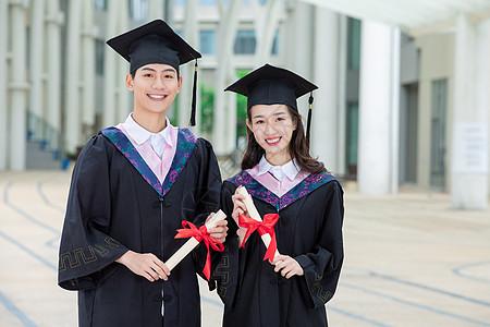 大学生毕业照图片