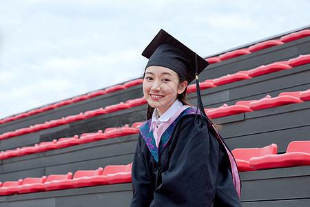 大学毕业生美女图片