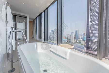 豪华观景浴室空间设计图片