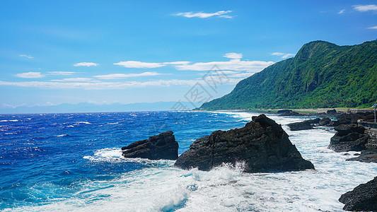 台湾绿岛海浪礁石图片
