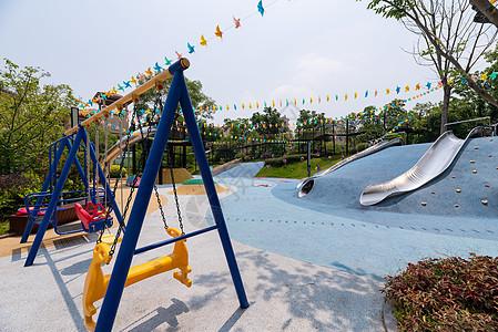 小区儿童游乐场图片