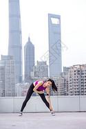 美女运动热身图片