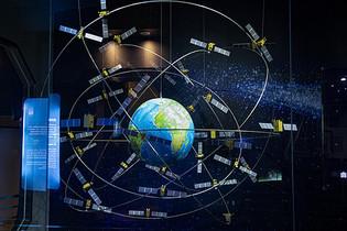 上海科技馆卫星火箭图片