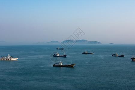 海上渔船图片
