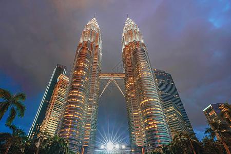 吉隆坡双子塔夜景图片