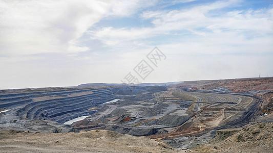 煤矿坑图片