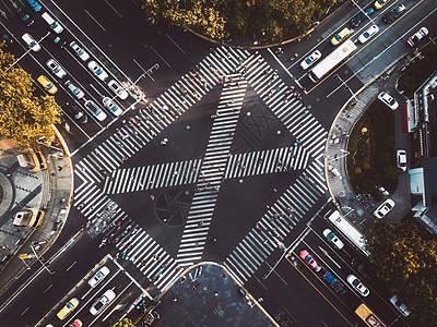街头十字路口图片