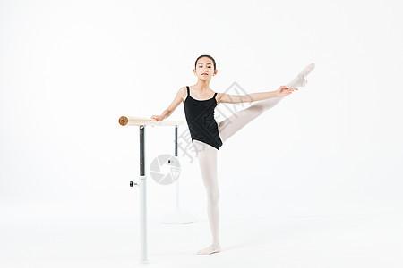 小女孩专业练舞图片