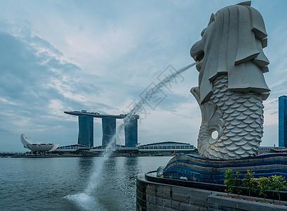 新加坡狮头鱼尾像图片