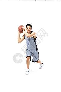 篮球运动员运球图片