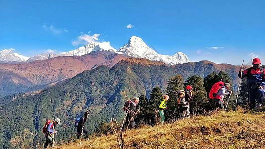 尼泊尔登山队图片