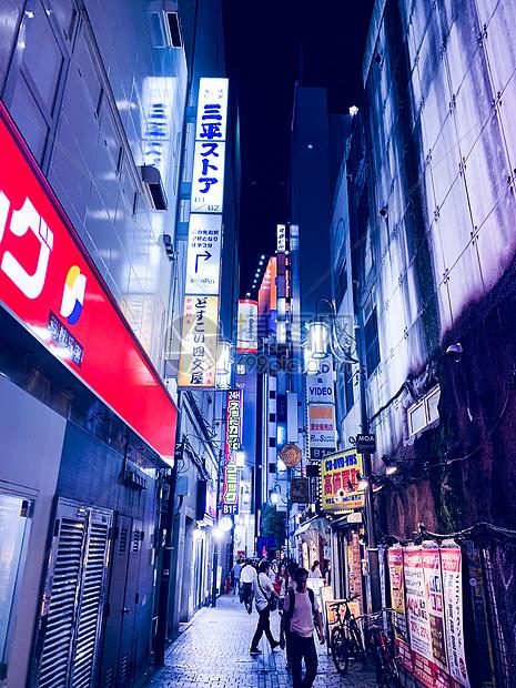 东京夜晚街头图片