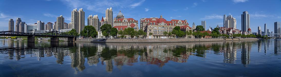 天津海河上城市意大利风情建筑图片